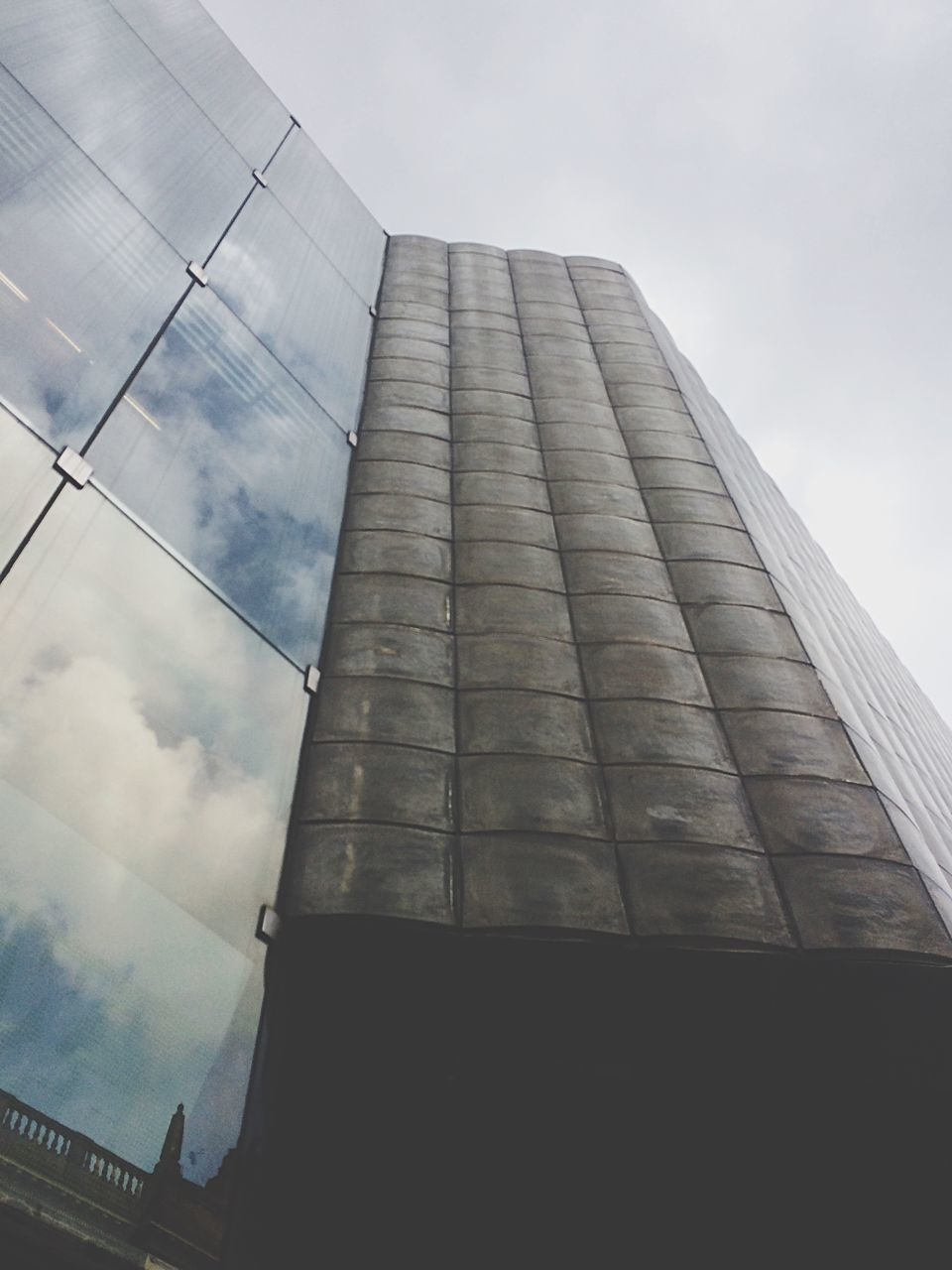 architecture, low angle view, built structure, sky, no people, building exterior, day, cloud - sky, outdoors