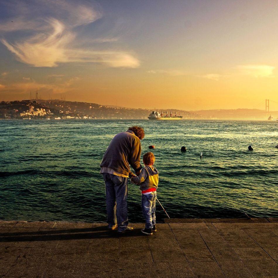 Like Father like son... Hanging Out Enjoying Life Sunset #sun #clouds #skylovers #sky #nature #beautifulinnature #naturalbeauty #photography #landscape EyeEm Best Shots