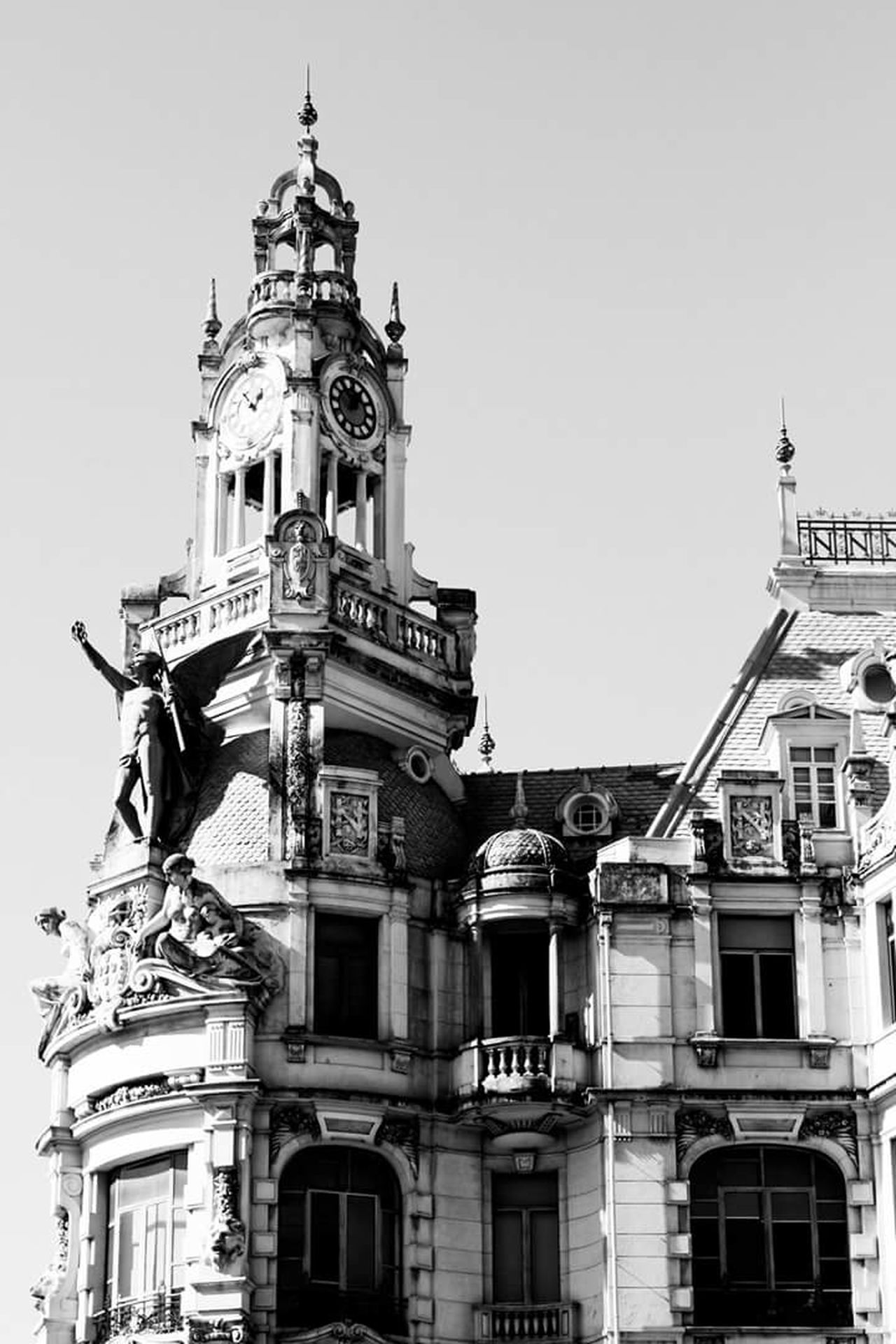 Clock Travel Destinations Oporto, Portugal Building Exterior Clock Tower City Architecture The City Light Streetphotography Street Photography Blackandwhite Photography Black And White Blackandwhite High Contrast Bnw Black & White High Contrast Urban Perspectives Architecture Close-up