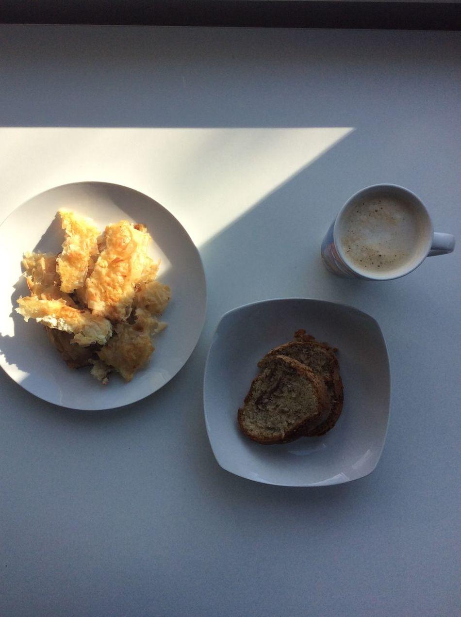 👌🏻 Breakfast Banica Cinamonroll Coffee