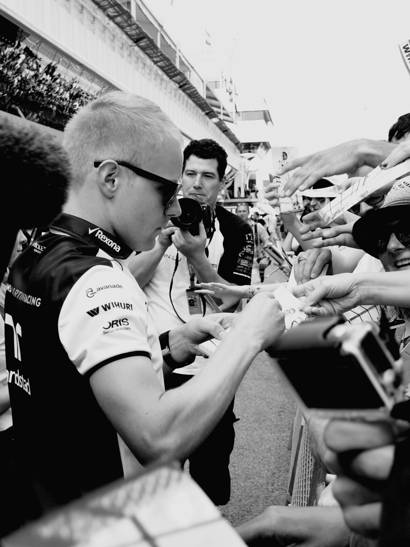 Bottas Formula 1 Barcelona Montmeló Driver Autographs Cars