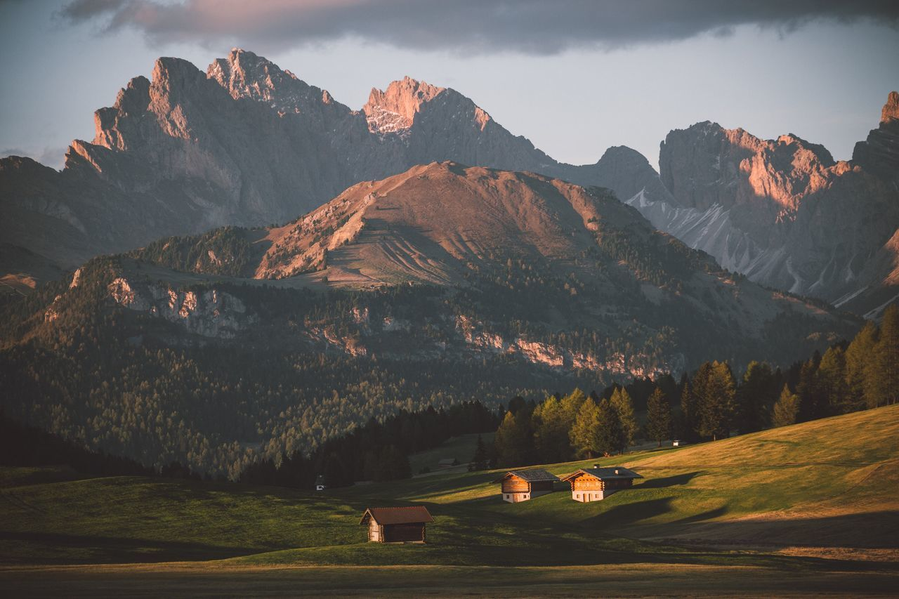 Alpenglow - Dolomites Mountain Mountain Range Scenics Nature Beauty In Nature Tranquil Scene Landscape Tranquility Outdoors Sky No People Tree Grass Day Golf Course Dolomites