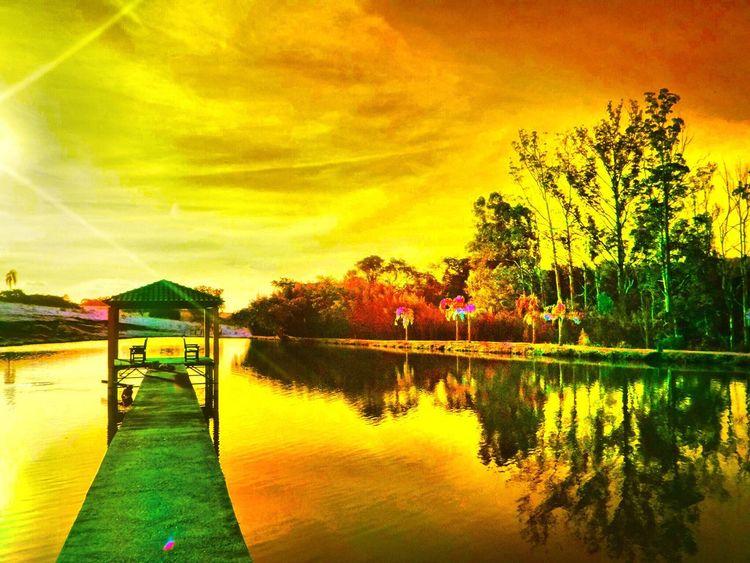 Avare SP BRASIL 🇧🇷☀️ Avare Heaven EyeEm EyeEm Nature Lover EyeEmBestPics EyeEmBestEdits EyeEm Best Shots Eye4photography  Sunset #sun #clouds #skylovers #sky #nature #beautifulinnature #naturalbeauty #photography #landscape EyeEm Gallery