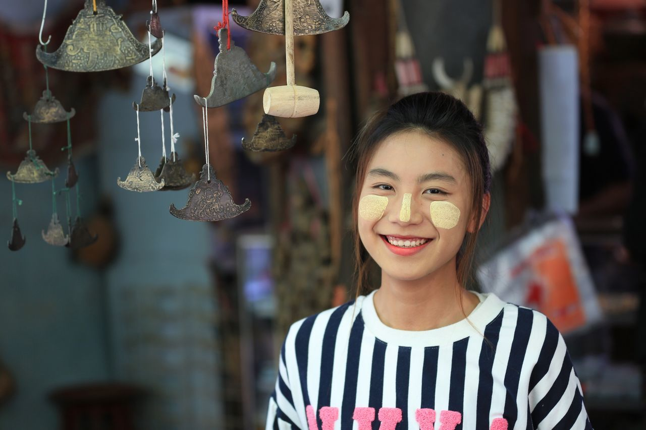 Smiling Looking At Camera One Person Real People Lifestyles Standing Front View Headshot Day People Street Photography Streetphotography Taunggyi Market Girl Beauty Myanmar Smiling Face Happy Time Women Happy People Inle Lake Inle Lake, Shan State, Myanmar Adult ASIA