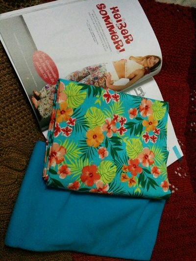 Finally got mynew Fabric from Stoffe.de to start Sewing the fabulous trousers from Handmadekultur. So excited!