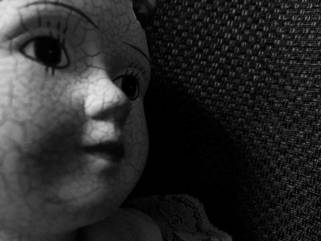 Dolls Doll Photography Close-up Vintage Doll Blackandwhite Focus On Foreground Souless Portrait