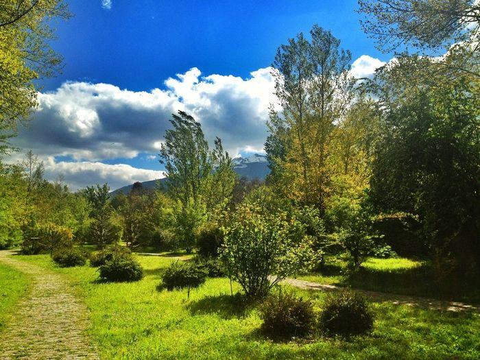 """Viernes.... Un Mes De ERE """"vacaciones"""" Sin Saber Si Volveré A Trabajar Aquí.... O Me Quedo En El Paro :( #valledellozoya #puendelperdón #nature #mountain #ilovemountains #work"""