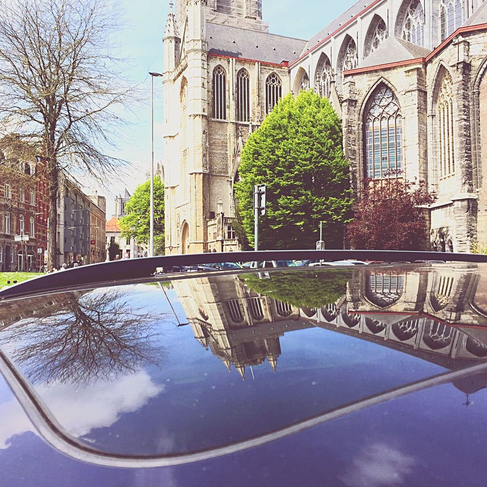 my First Shot in ghent, ofcourse an carroofreflection Reflection
