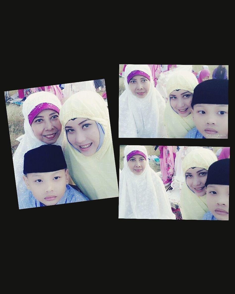 INDONESIA Shalat Eid FamilyTime