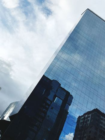 Adapted To The City Architecture Sky Reflection City Cloud - Sky Building Exterior Low Angle View