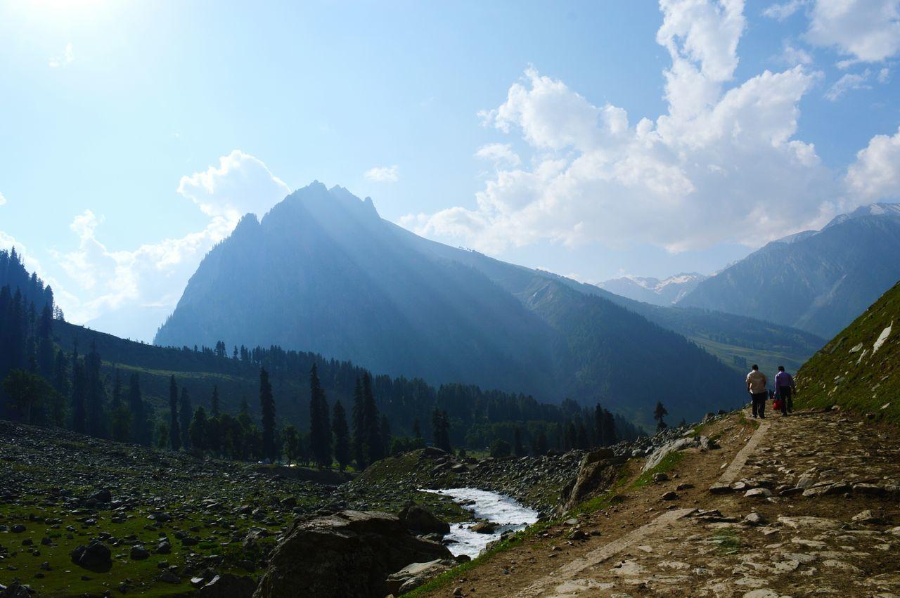 Beautiful stock photos of mond, mountain, mountain range, nature, beauty in nature