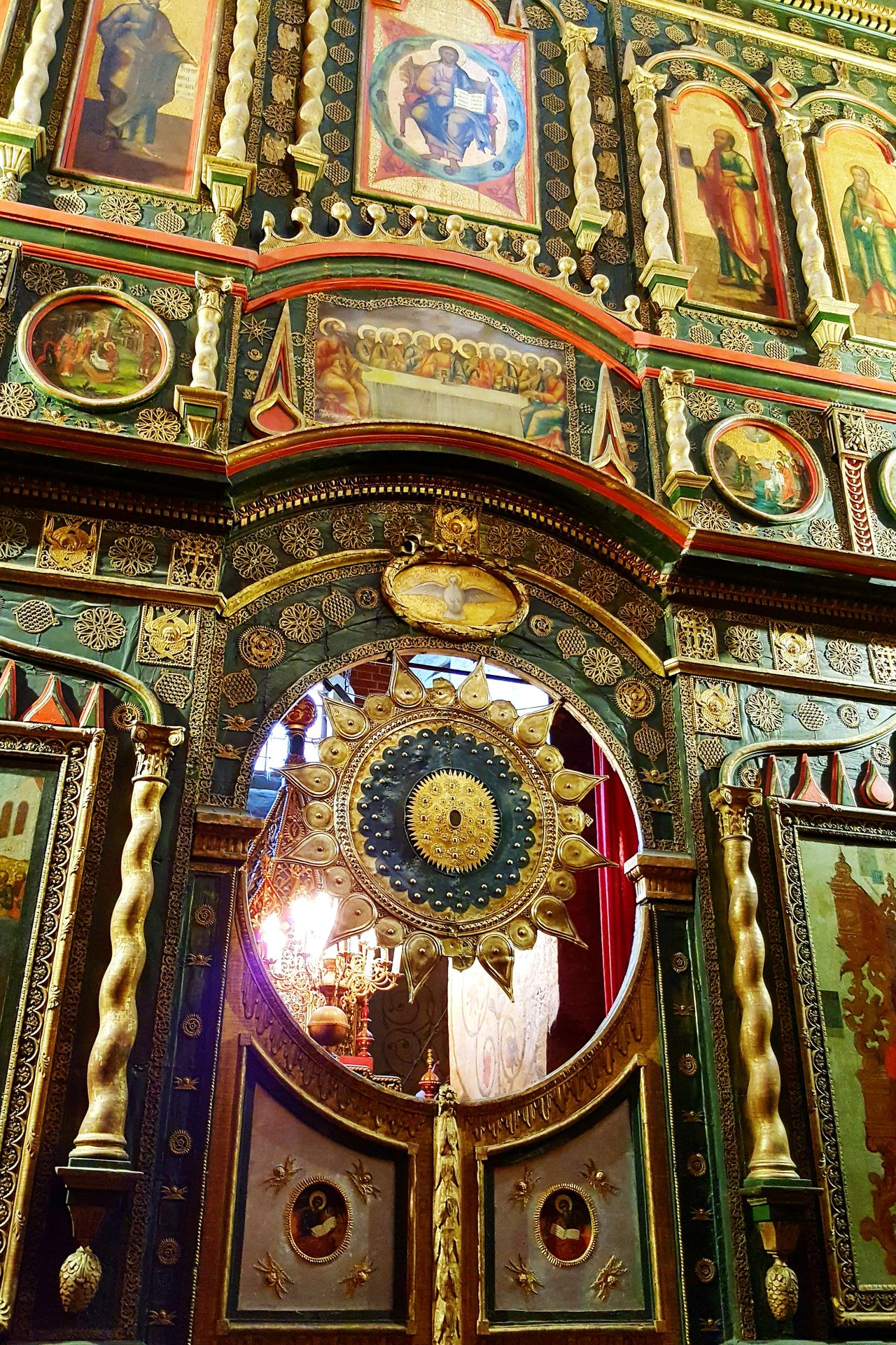 Religion Spirituality Indoors  Place Of Worship Travel Destinations No People Place Of Worship Church Moscow Russia Ortodox Church Orthodox Church St. Basil's Cathedral In Moscow St. Basil's Cathedral Spirituality Cathedral
