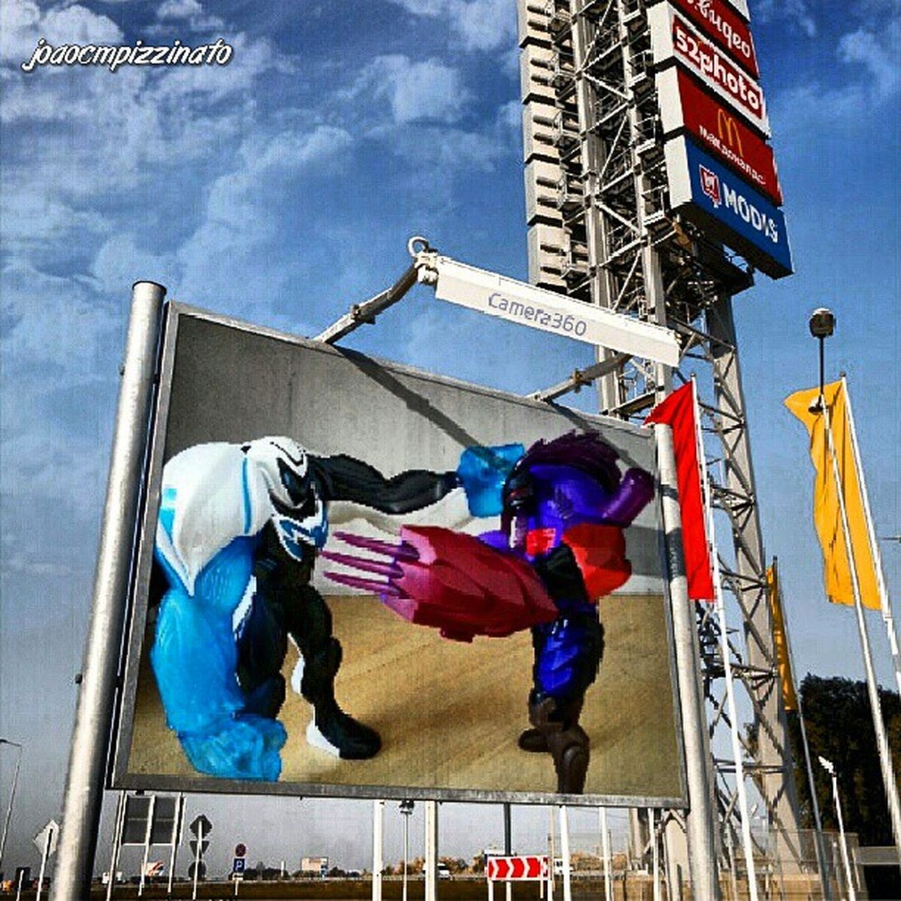 Max Steel vs Tozxon. MaxSteel Tozxon Toy Colors photography effect Camera360 city zonasul saopaulo brasil