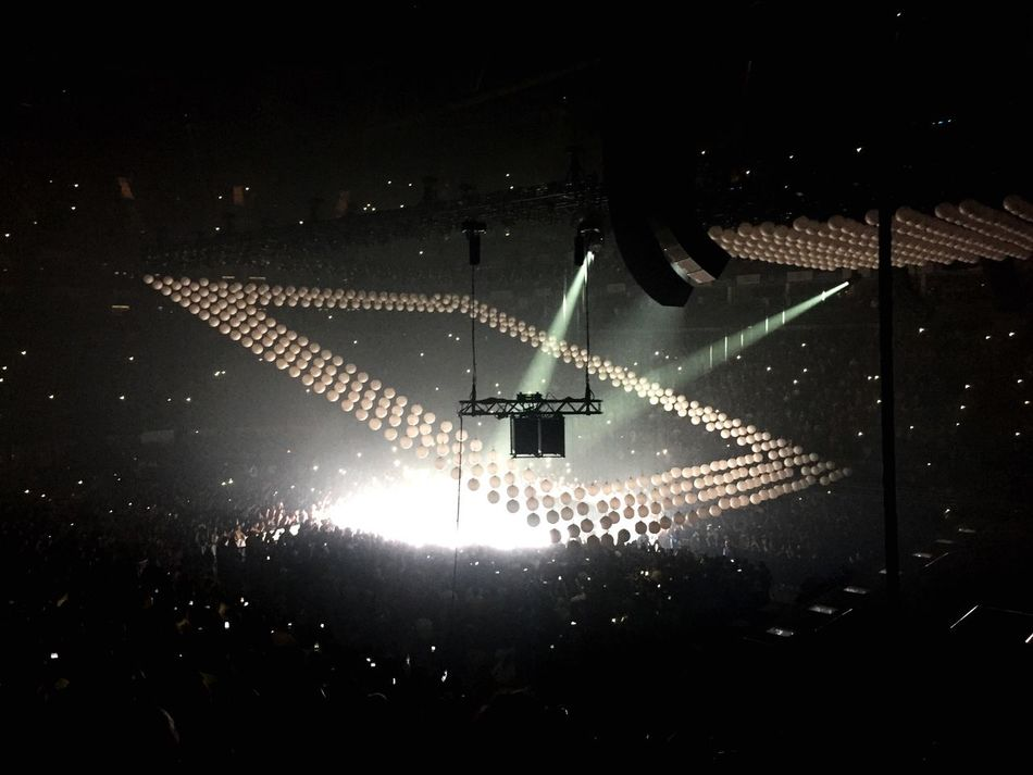 O2 Arena Music Illuminated Drake