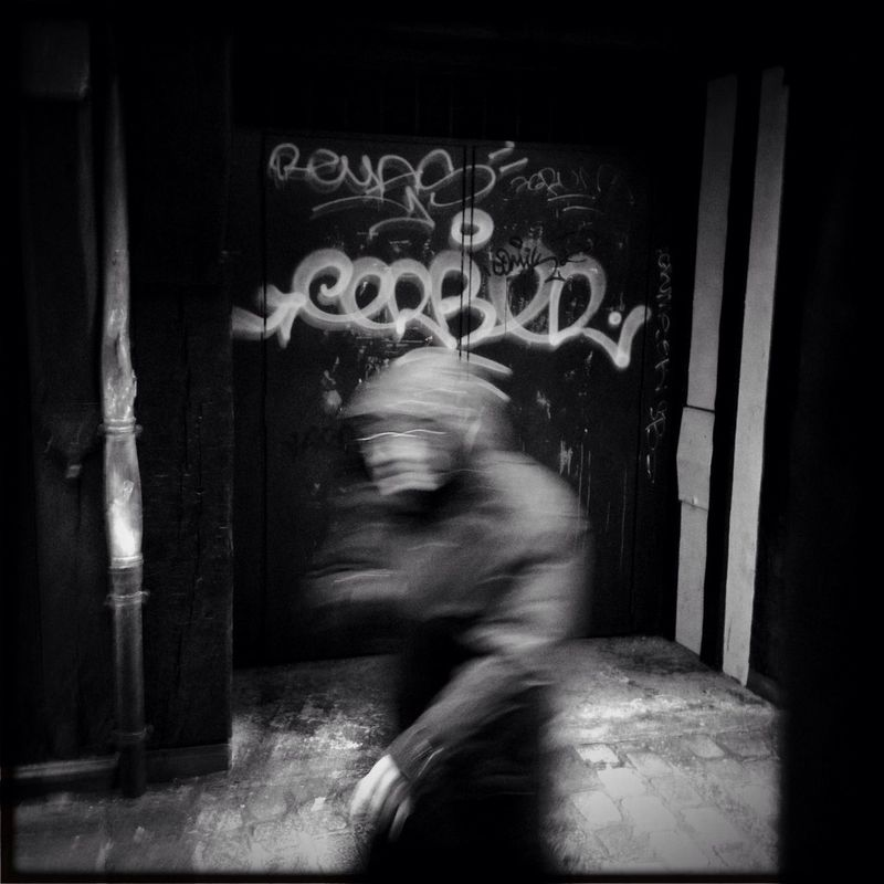 streetphotography by Cedric Blanchon