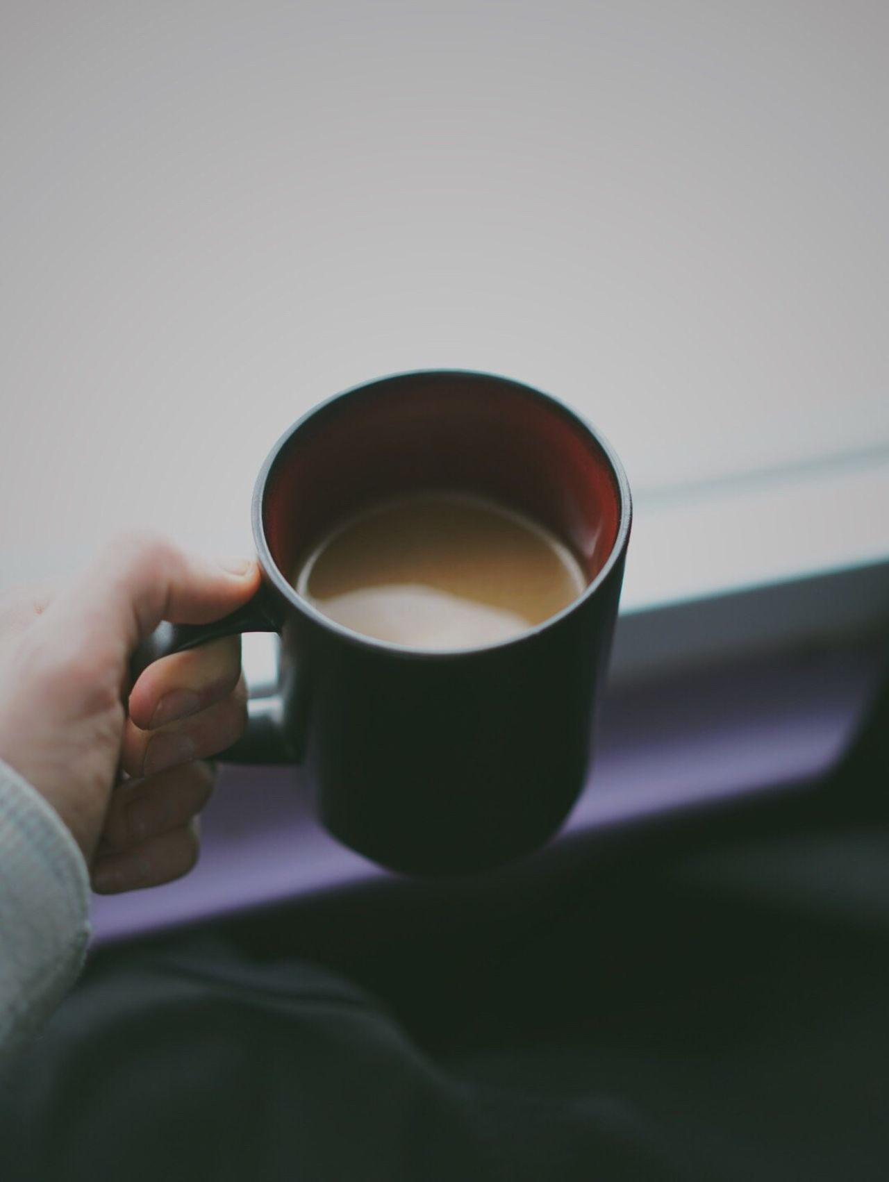 Human Hand Holding One Person Drink Food And Drink Human Body Part Refreshment Coffee Cup Cup Real People Indoors  Tea Cup Freshness Tea - Hot Drink Close-up Healthy Eating Day People