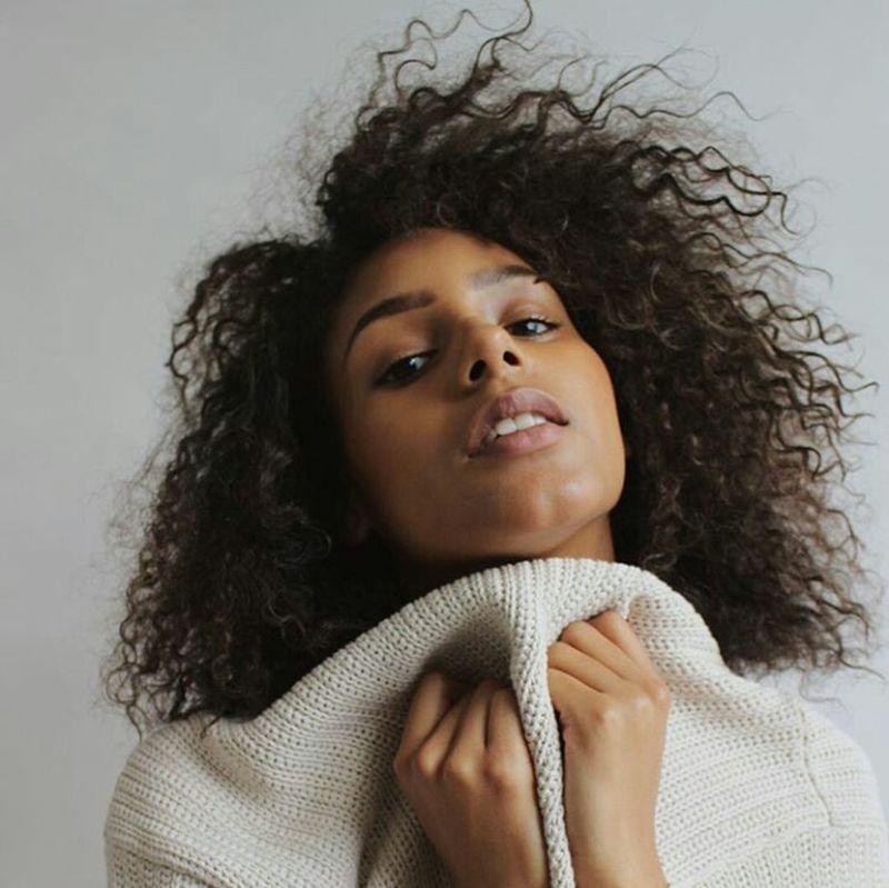 Model Gorgeous Aesthetics Fashion Fashion Photography Photography Naturalhair Curlyhair Natrual Beauty  Natrualbeauty Eyebrows On Fleek Curly Hair Natural Hair