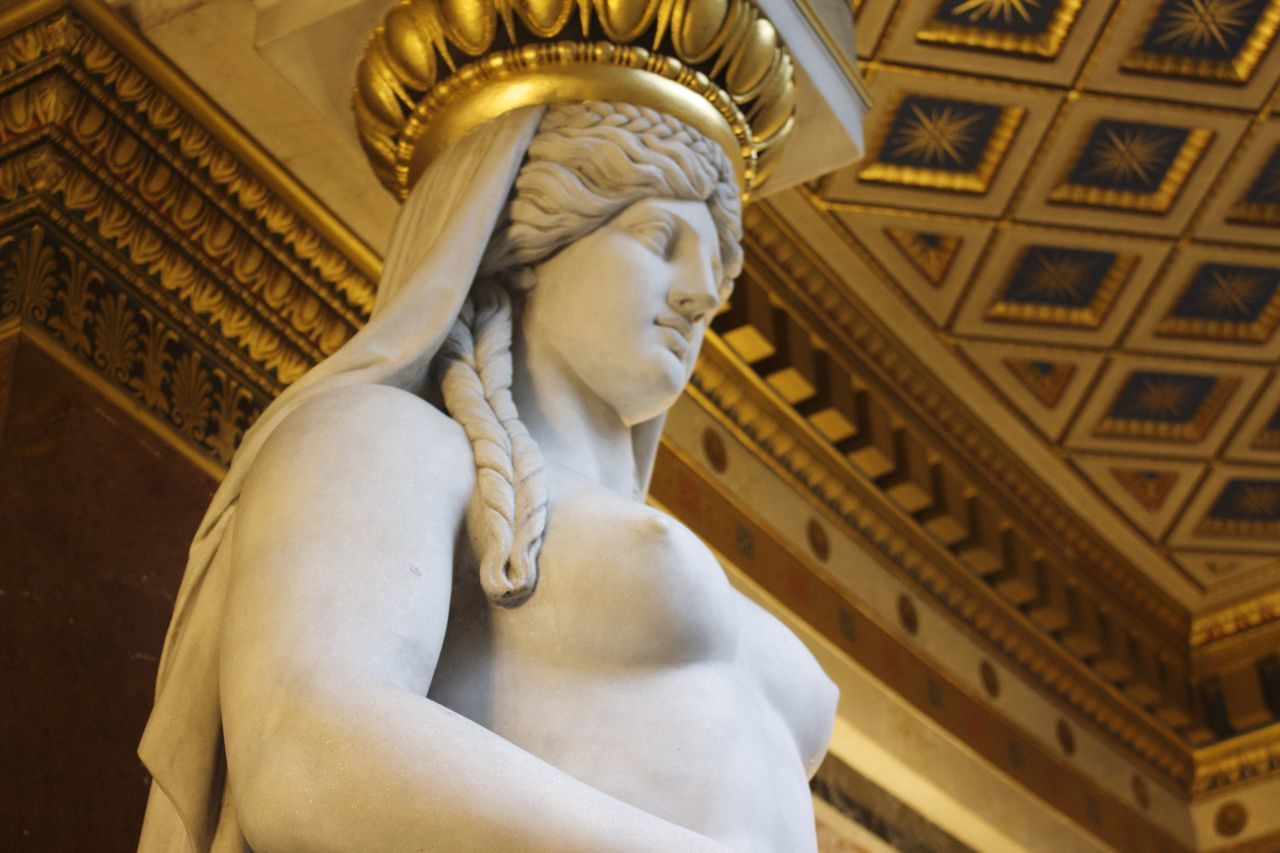 Beauty Redefined Woman Statue Art Breast Sculpture Being A Tourist Architecture 43 Golden Moments Canon EOS 700D EF-S 18-55mm IS STM