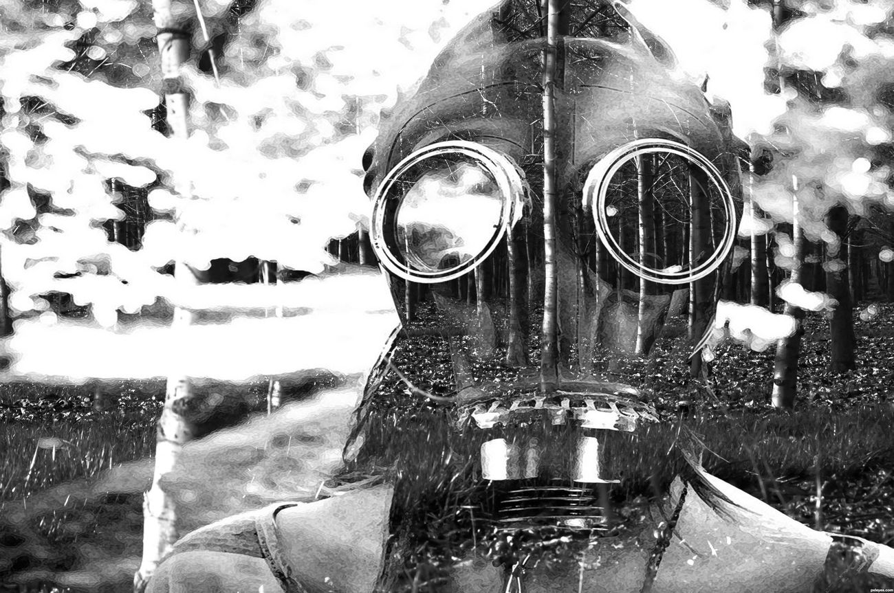 Close-up Outdoors Silent Screams Blackandwhite Gasmask Layers And Textures