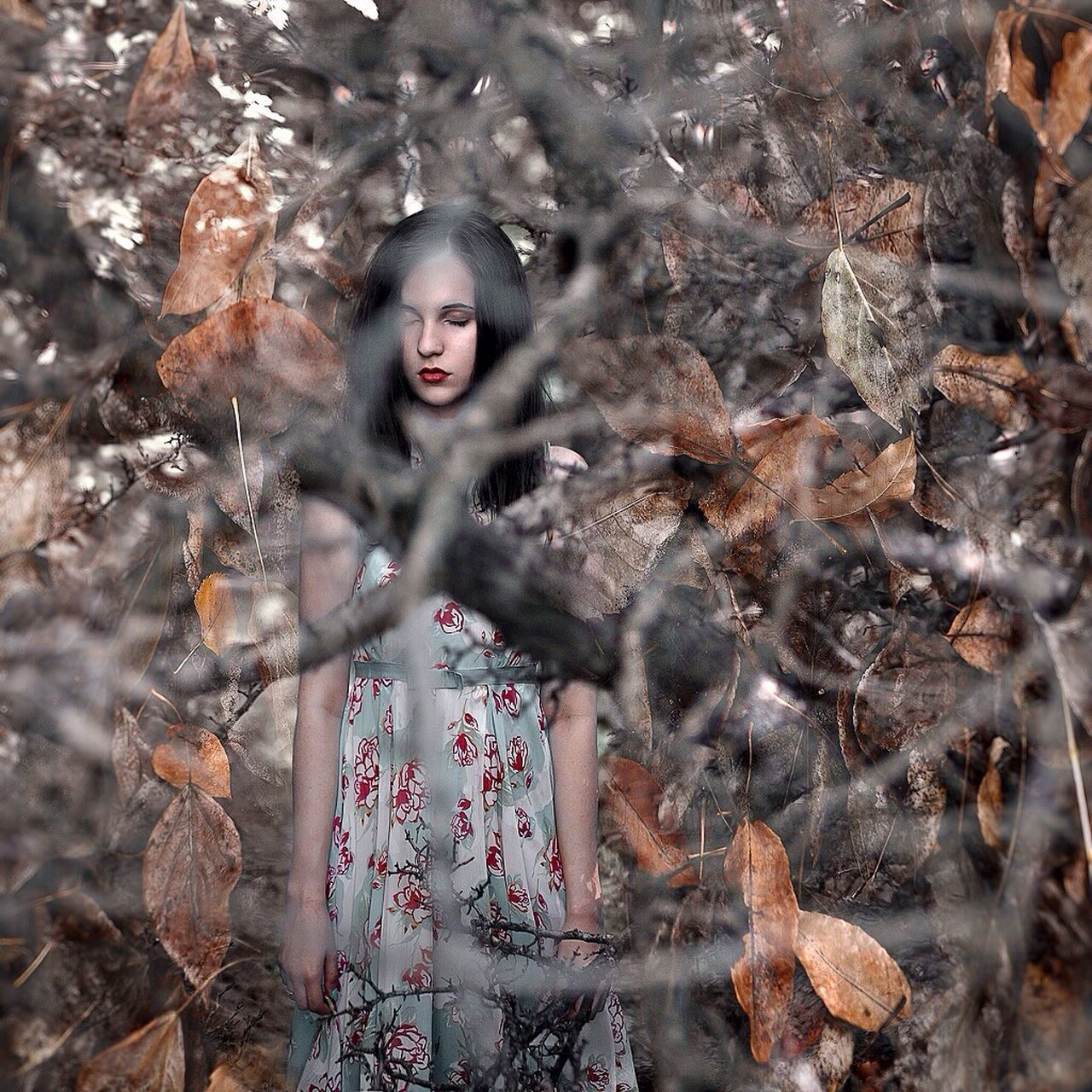 Autumn Autumn Colors Autumn Leaves One Person Only Women Beauty Females Surreal Portrait Fashion Nature One Young Woman Only Look EyeEm Best Shots EyeEm Gallery Looking At Camera Portrait Of A Woman VSCO EyeEm Best Edits Eyeemphotography Eyeemphoto EyeEm Portrait Of A Girl One Woman Only Photo