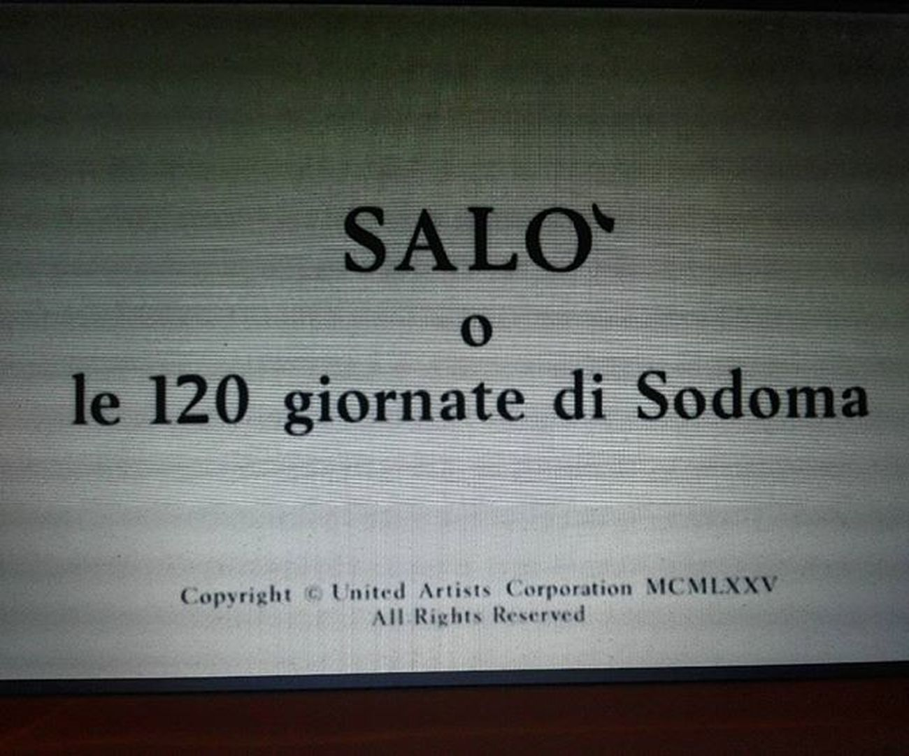 kis esti olasz klasszikusok... 😂😂👌 Film Home MOVIE Classic Salo Sodoma Pervert Italian Kult