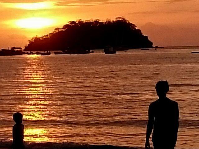 playas del coco single guys El hotel colono beach se encuentra ubicado en playas del coco en la provincia de guanacaste contamos con 32 espaciosas habitaciones equipadas con aire acondicionado televisión con cable teléfono, cajas de seguridad y agua caliente.