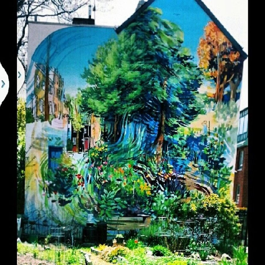 Seen this on the side of house walking in philly. Mural Art Phillyart ArtWork paintingvscocamcenterycity