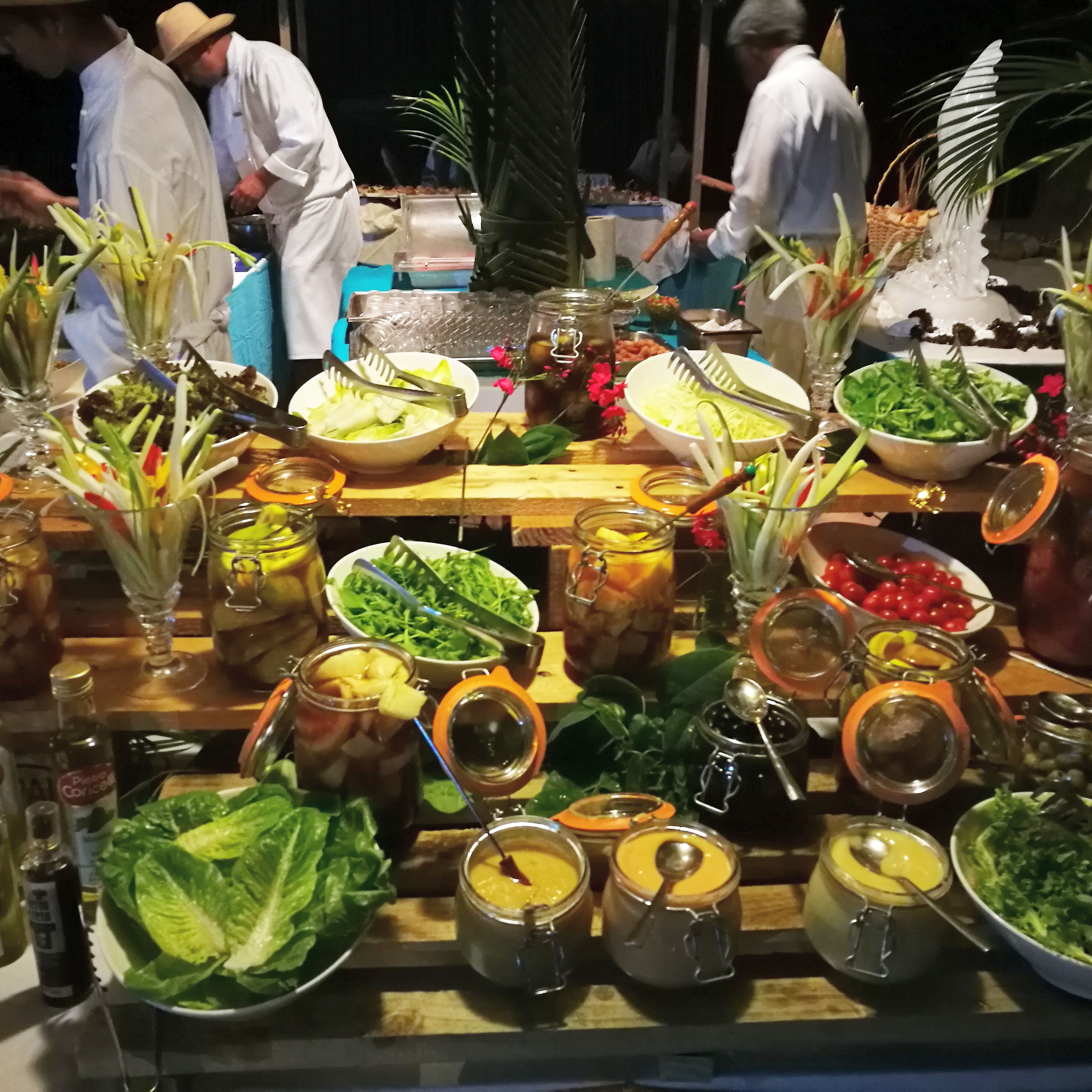 food and drink, only men, lettuce, variation, freshness, healthy eating, food, men, adults only, outdoors, adult, people, day