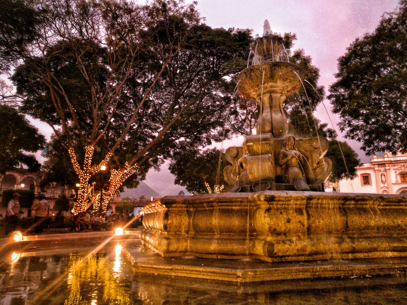 The mermaid fountain in the central square Guatebella Huawei P9 Leica PhonePhotography Architecture AntiguaGuatemala! ❤ UNESCO World Heritage Site Barroque