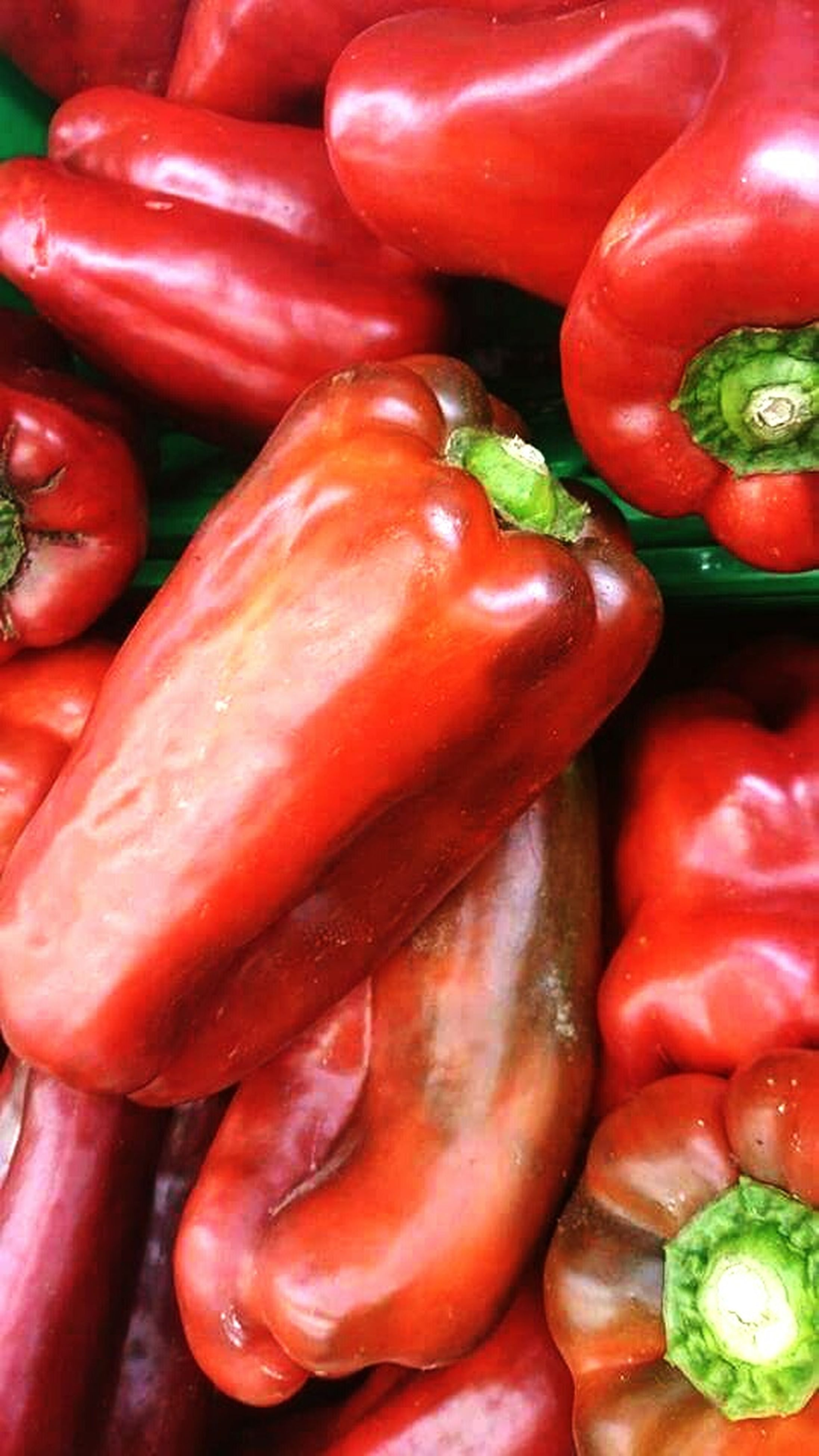 food and drink, healthy eating, red, food, freshness, vegetable, full frame, backgrounds, still life, tomato, large group of objects, abundance, bell pepper, red bell pepper, chili pepper, red chili pepper, indoors, close-up, for sale, raw food