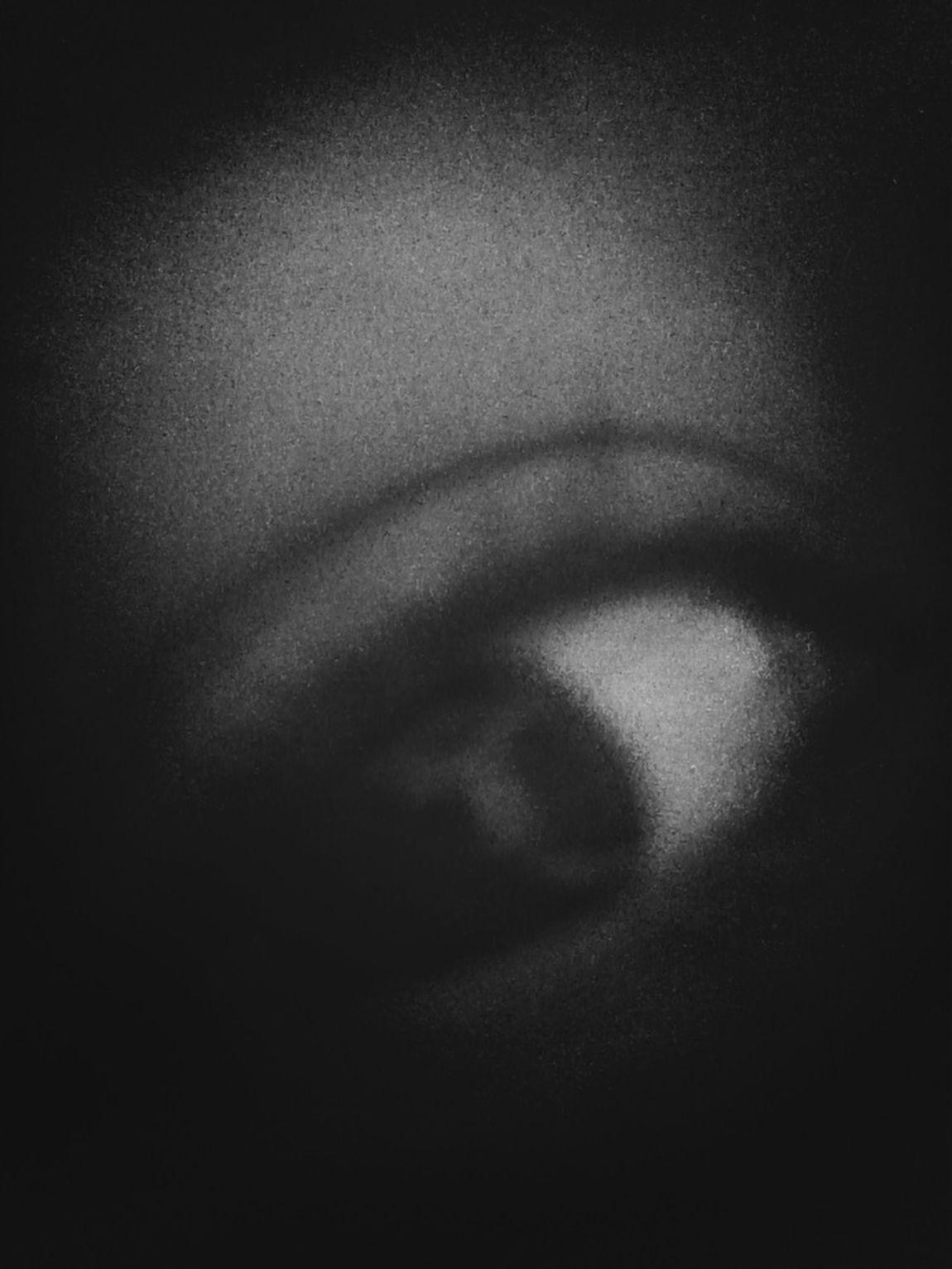 Eyeing Em