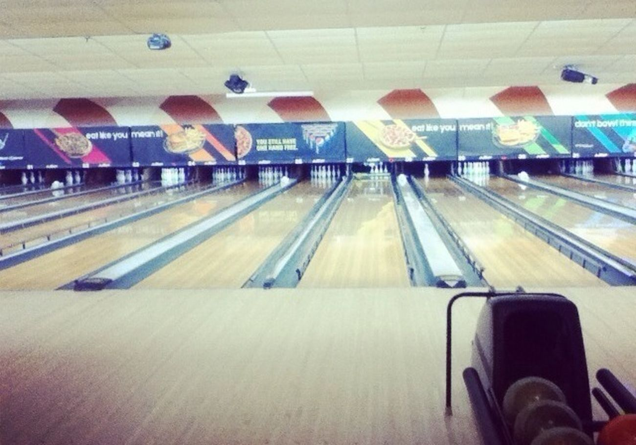 bowling with mai? those fags dunno woot they're getting theirselves into. lmfaaaaao