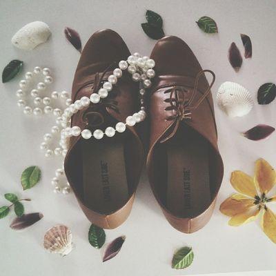 Oxfords Pearls Leaves Flowers driedflowers shells
