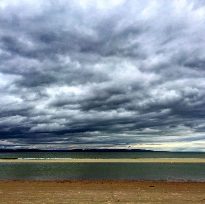 Moody sky Moody Sky Beachphotography Scottishbeach Scottishsummer Scottishweather Greyskies