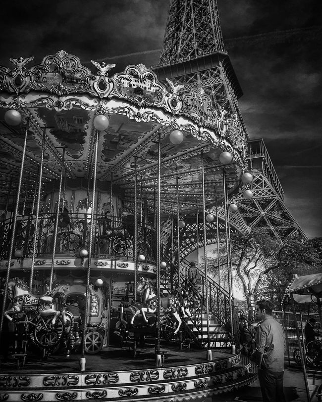 Carroussel Tour Eiffel Paris Darkness And Light Sunny Sunlight Clouds And Sky Photography Shadow EyeEm Best Shots HDR Eiffel Tower Trees Light And Shadow Art, Drawing, Creativity EyeEm Paris France Marseille Dramatic Sky Nature_collection Architecture Miami Perspective