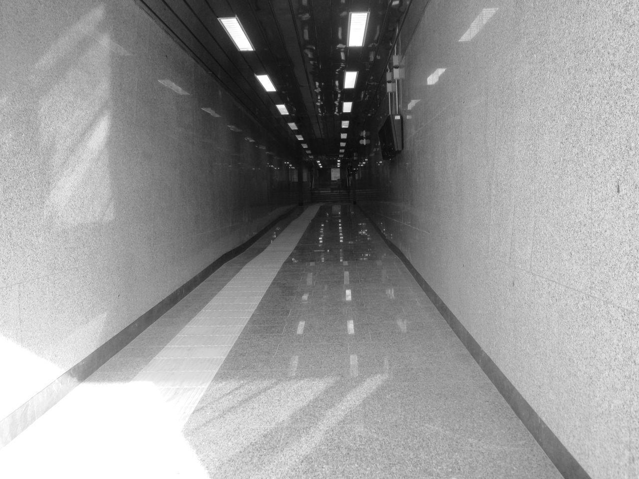 #basilicata #blackandwhite #fotobiancoenero #potenza #potenzainferiore #sottopassaggio #stazione #vialedelbasento No People
