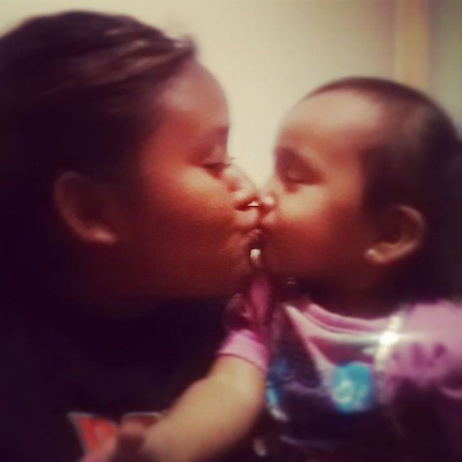 GoodNight Kisses ZanaBana ZandraAndZana GoodNightKisses Littlesister loveher