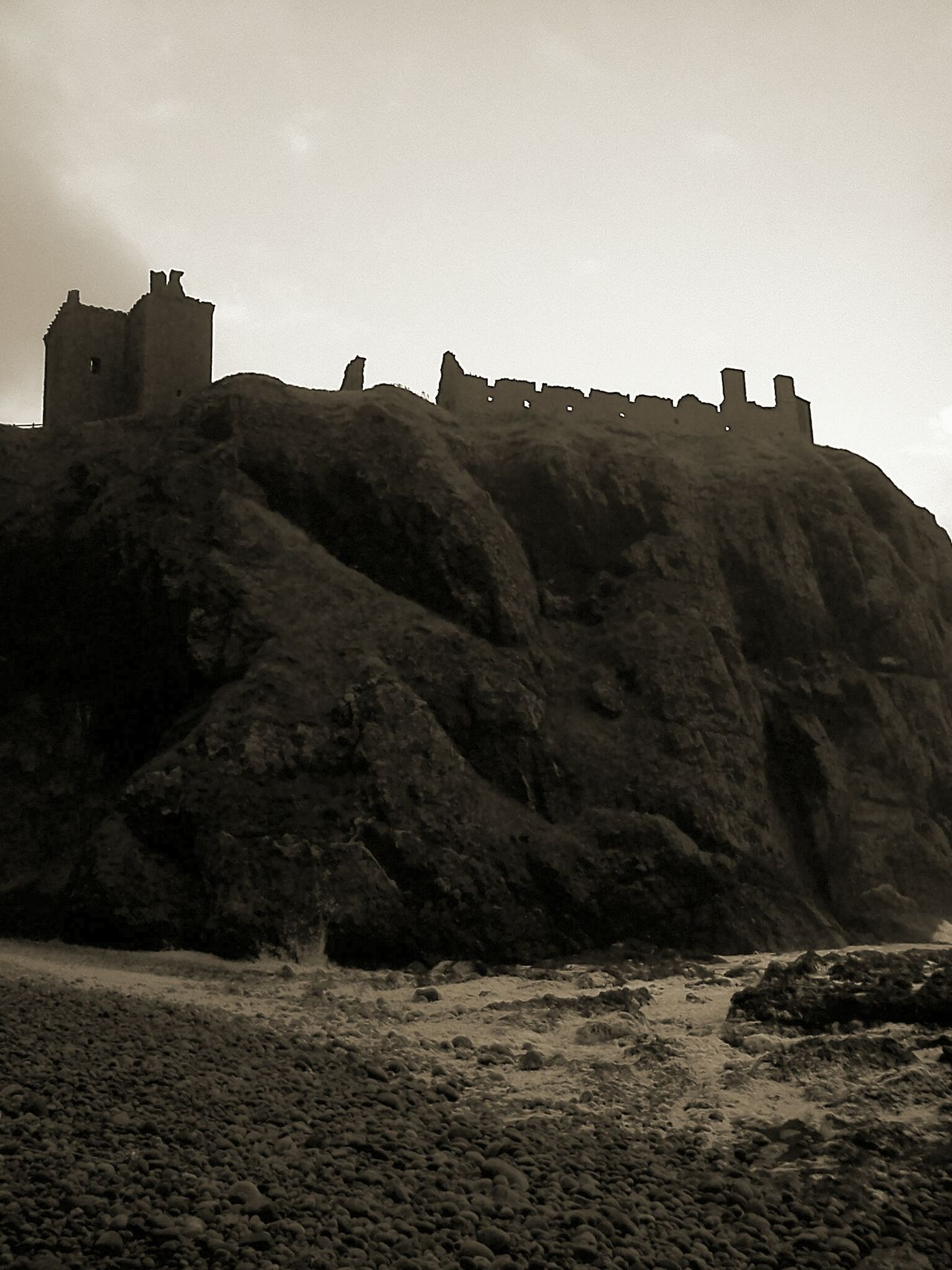 Scotland Eye4photography  Scotlandlover Cliff Ruins Of A Castle EyeEm Gallery Check This Out Sepia Sepia_collection Sepia Photography Taking Photos Photography Eyeem Scotland  From My Point Of View Scottish Castle Cliffs Scottish Beaches Scottish Beauty EyeEm Travel Photography Travel Photography Nature EyeEm Nature Photography Beach Photography Traveling Nature_collection