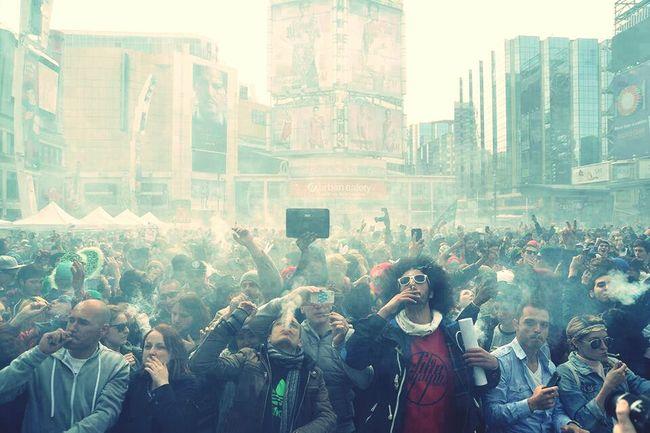 Smoking Weed People Watching Mariguana Dope♡