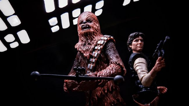 Let's get to work pal Hasbro Toycommunity Starwarstheblackseries Starwars Star Wars The Black Series Hasbrotoyfigs Toy Photography Starwarsfigures HasbroStarWars Toyphotography Star Wars Hansolo Chewbacca Chewie