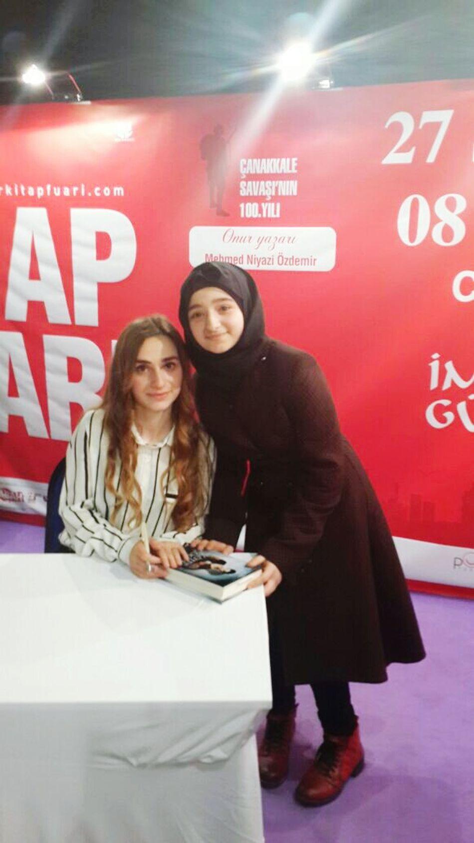 6 saatlik bir sıradan sonra sonunda Büşra ile tanıştım 😍😍😃😄😊
