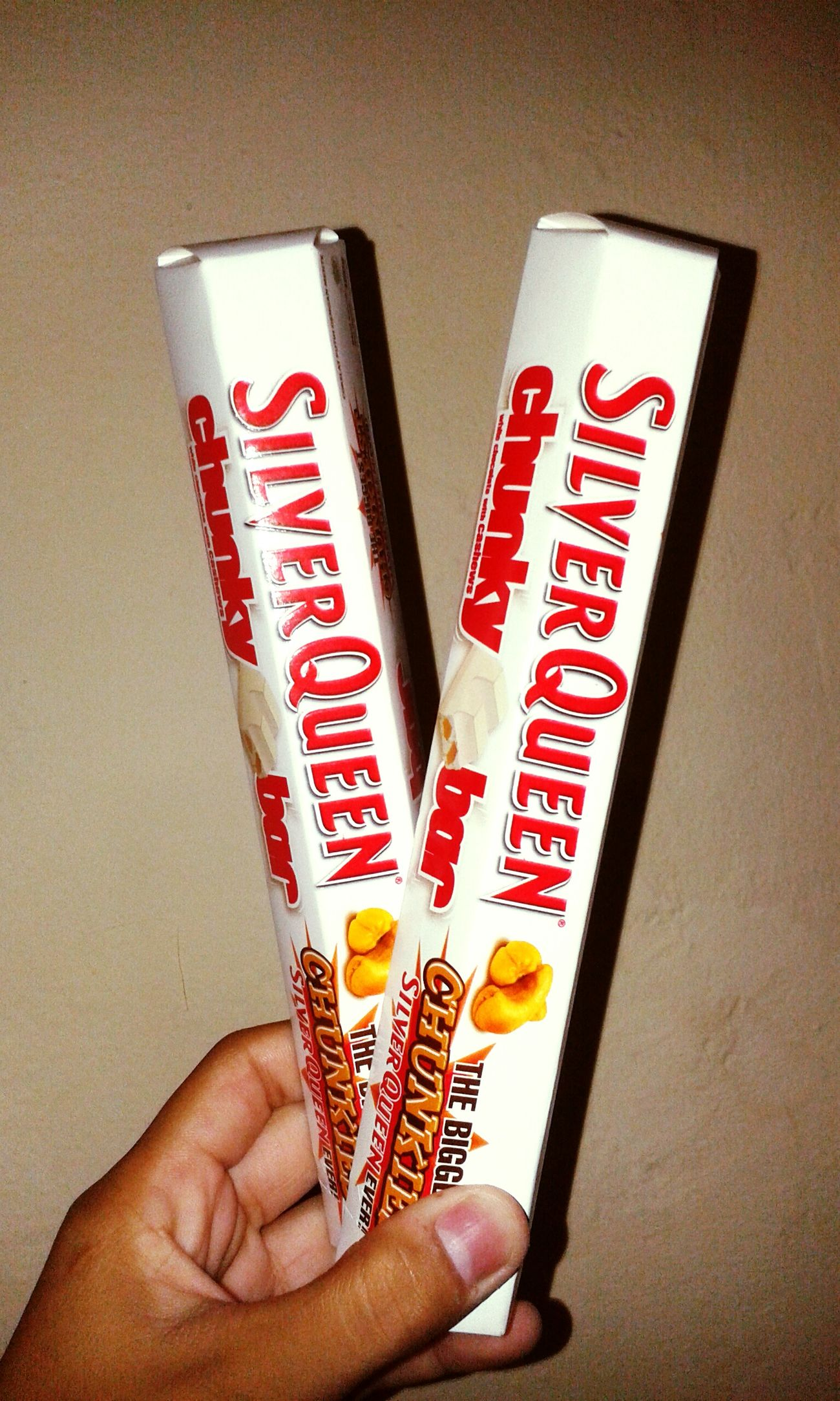 Hello World Hi! Enjoying Life Foods Chocolate Whitechocolate Silverqueen thx bro ;3
