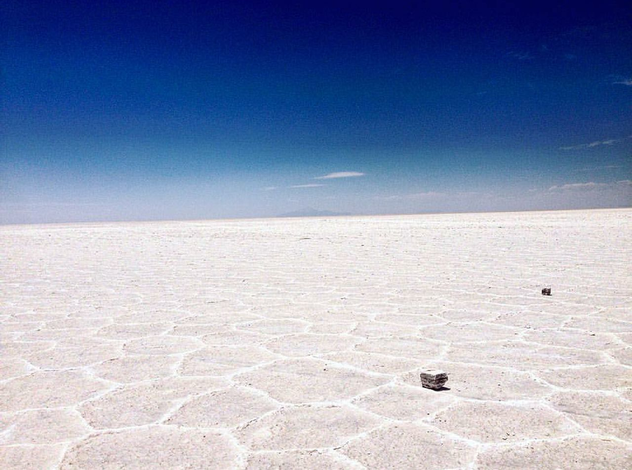 Landscape Sand Desert Outdoors Nature Arid Climate Sky Day Scenics Beauty In Nature No People Salt - Mineral Desert Uyuni Salt Flat Bolivia Wonderful_places Naturelovers Travel Travel Destinations Tranquility Tranquil Scene Cold Temperature Nature Beauty In Nature