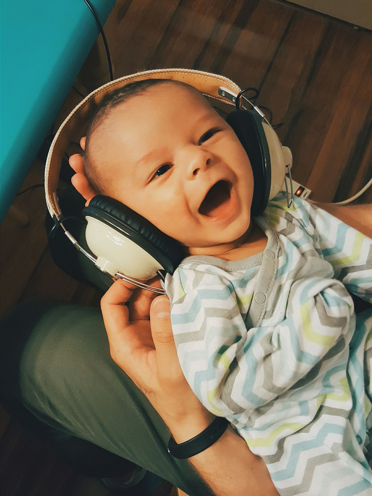 Fatherhood Moments means he might share dad's music tastes. Eyeem Babies Baby Headphones Samsung Galaxy Note 5 New Life TakeoverMusic