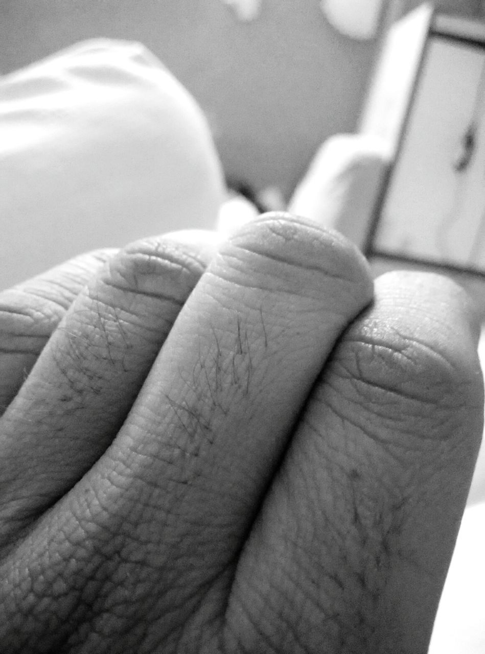 human body part, human hand, human finger, human foot, close-up, real people, human leg, human skin, indoors, one person, low section, day, people