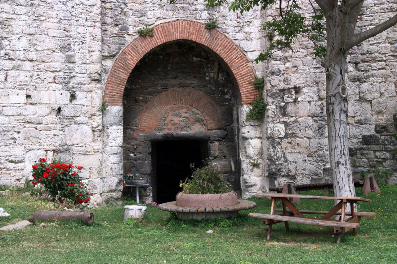 100521 Fortress Galpay Hisar Istanbul Kale Seventowers Yedikule