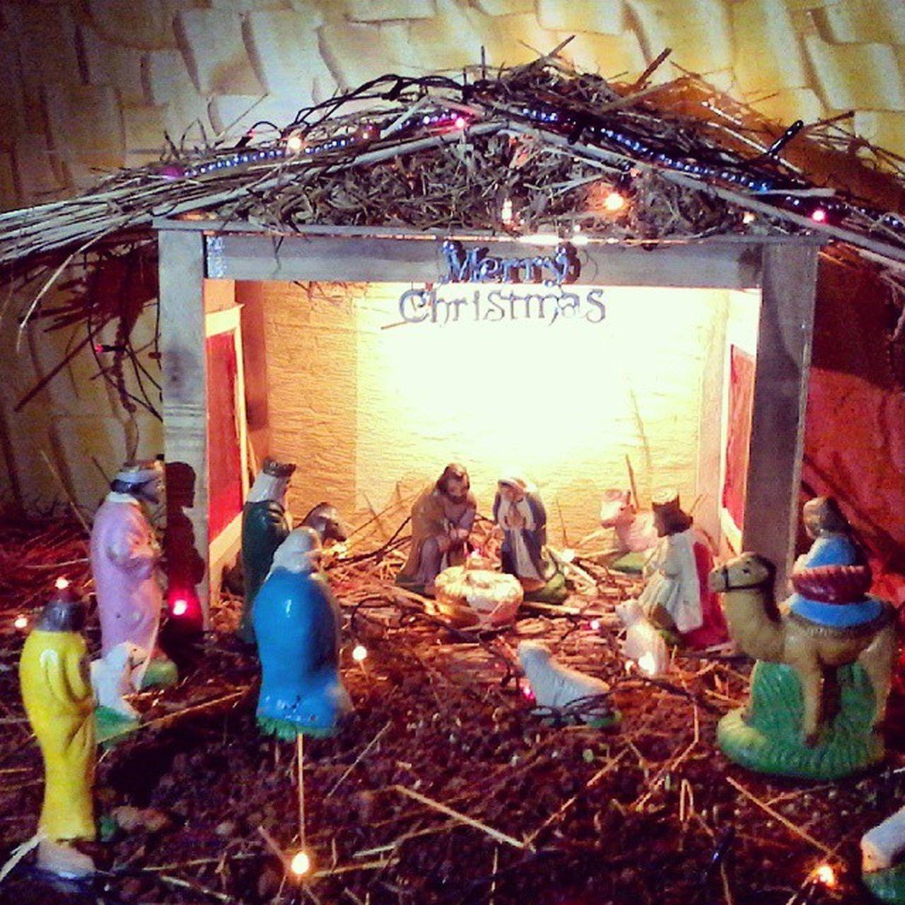 Nativity_Scene Chrismas Celebration Illuminated