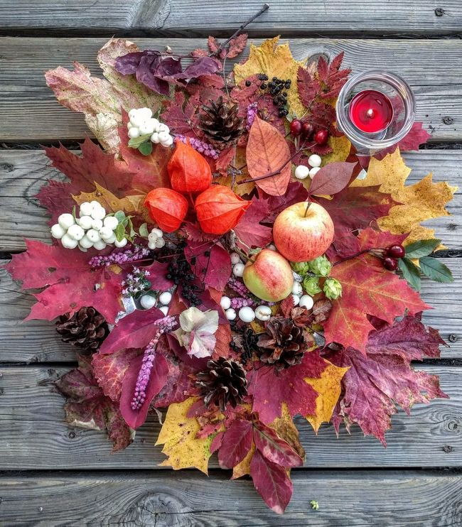 Peaceful autumn colors 💞💚💜🍁Close-up Plant Nature Petal Autumn Design Decoration Crafts Leaves Colorful October Red Multi Colored Arrangement Creativity Large Group Of Objects Beautiful Autumn Colours Still Life Decorative Art Craft Leaf Berries Apples Decorating Candle Light