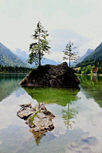 Bayer , Berchtesgaden , Hintersee Water Lake Mountain Scenics Nature Beauty In Nature Reflection Tranquility Tranquil Scene Sky No People Outdoors Day Landscape Rock - Object Waterfront Tree Mountain Range