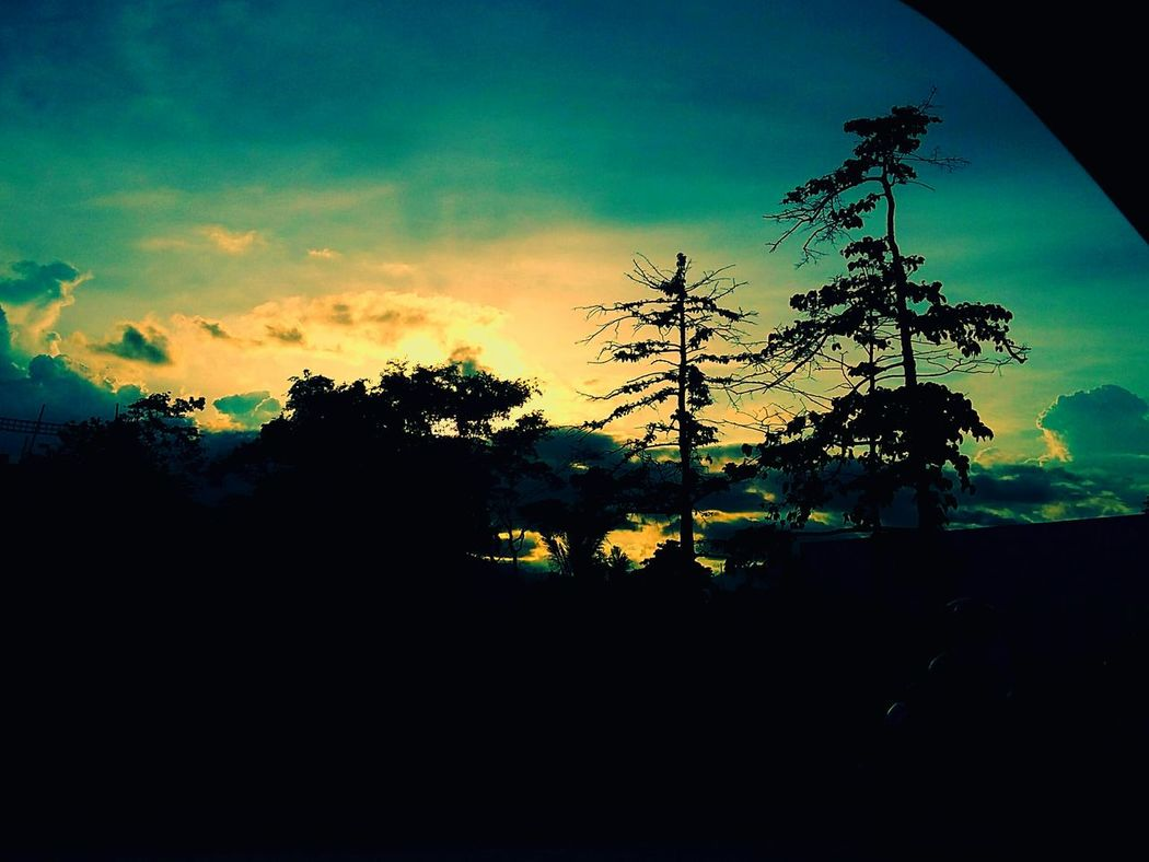 Blue Sky Roadtrip Somewhere Clounds And Sky Nature Photography Sunsetandsky Sunrise_sunsets_aroundworld Traveling I love my home : Palawan Kid